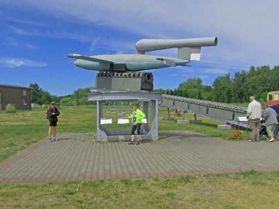 The Peenemunde Historical Technical Information Center: V1 på rampen