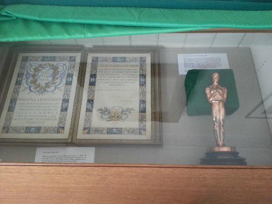 Shaw's Corner: Shaw's Nobel Prize and Oscar