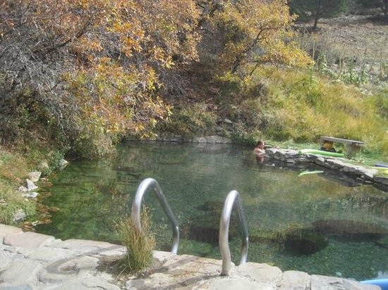 Moffat, Kolorado: The soaking pool - just right!