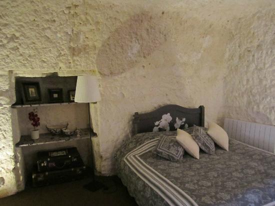Lavoir Du Coteau: Back bedroom