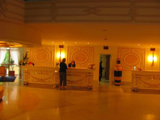Grand Hotel la Pace: Lobby