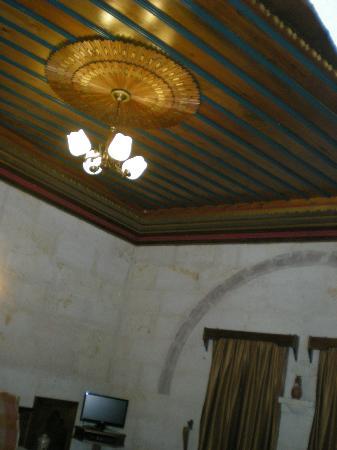 Stone House Cave Hotel: odamızdan goruntuler