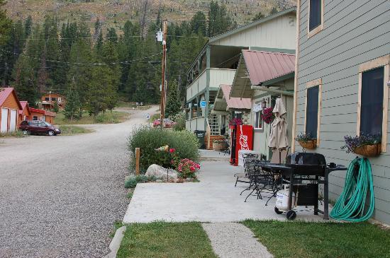 Coocke City Montana Restaurants
