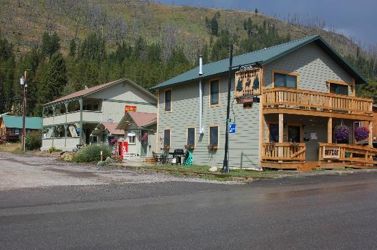 Cooke City's Elk Horn Lodge: River Street View of Elk Horn Property