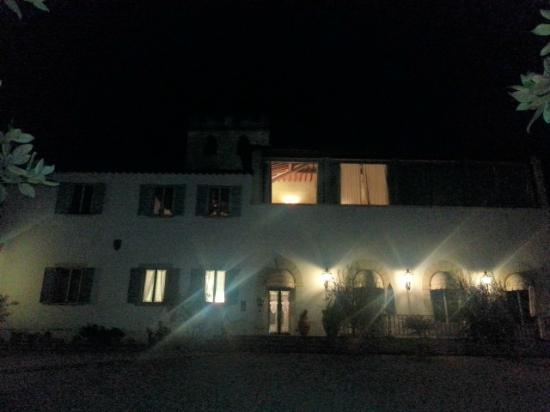 Hotel Villa Stanley: Vista esterna di sera