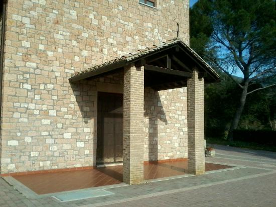 Assisi Garden: Entrata Principale Chiesetta Hotel