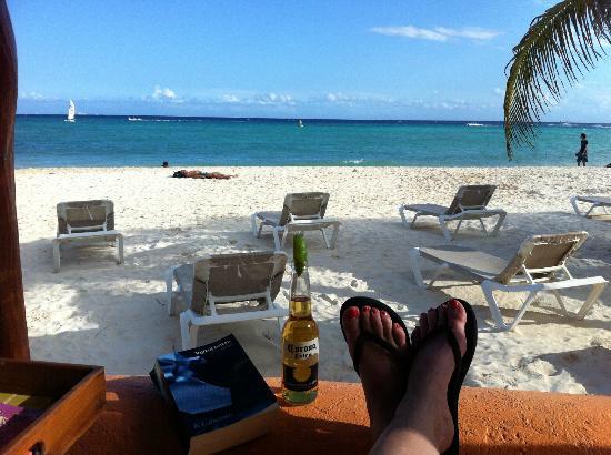 Mahekal Beach Resort: Heerlijk op de veranda