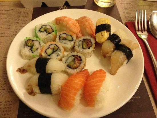 all you can eat sushi not review of mingo bar cologne germany tripadvisor. Black Bedroom Furniture Sets. Home Design Ideas