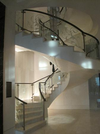 The St. Regis Bangkok: Staircase