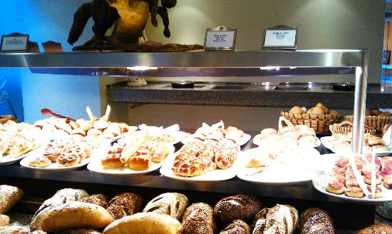 Barut Lara: breads