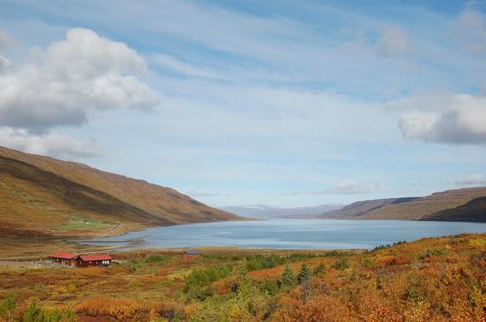 Heydalur Guesthouse: Mjóafirður