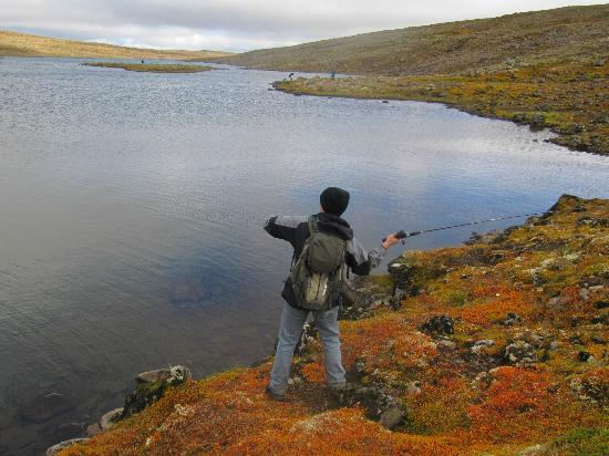 Heydalur Guesthouse: Fishing in Ausuvatn