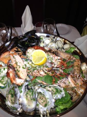 Cafe Royal Oyster Bar: seafood platter