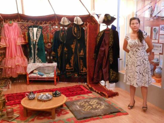 Байконур, Казахстан: The museum has a display on Kazakh history and culture.