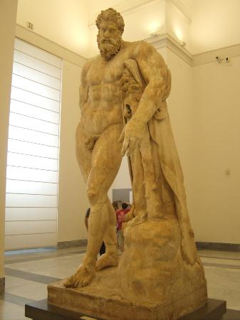 ‪National Archaeological Museum of Naples‬