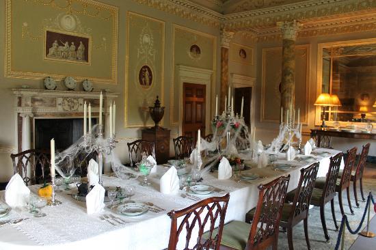 Basildon Park: Dining Room