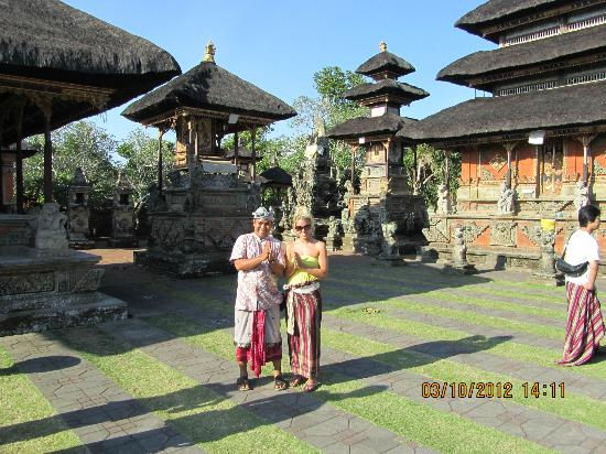 Agus Bali Private Tours: Temple