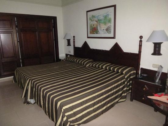 ClubHotel Riu Bambu: clean room!