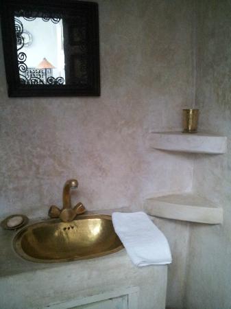 Riad Maroc : one of the bathrooms