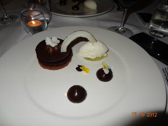 Sydney Seaplanes: Chocolate dessert at Jonahs