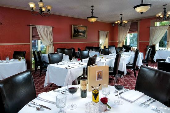 Groveland Hotel's Cellar Door : Main Dining Room in 1849 Adobe Building