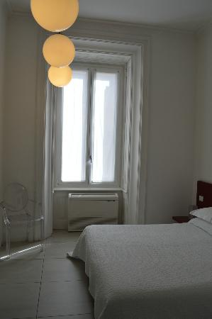 Bed & Breakfast Enjoy Rome: Ventana desde hab 3
