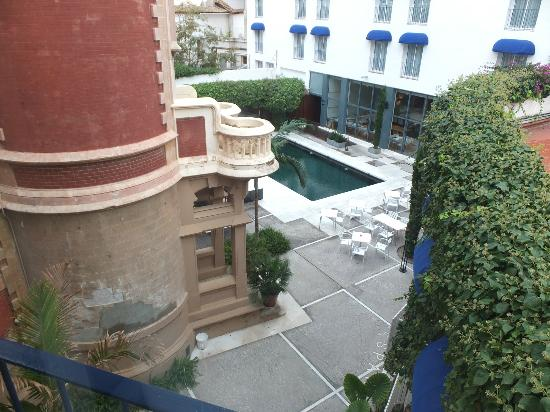 Hotel Medium Sitges Park: View from room.
