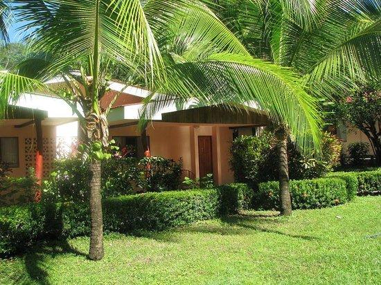 El Sueno Tropical: Comfortable family style villas