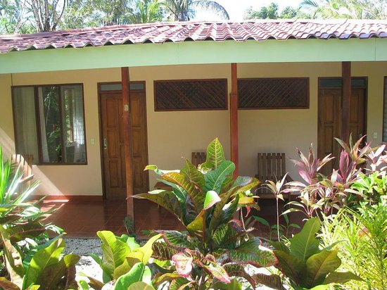 El Sueno Tropical: All rooms have a/c, ceiling fans and cable tv