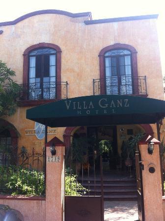 Villa Ganz: front of hotel