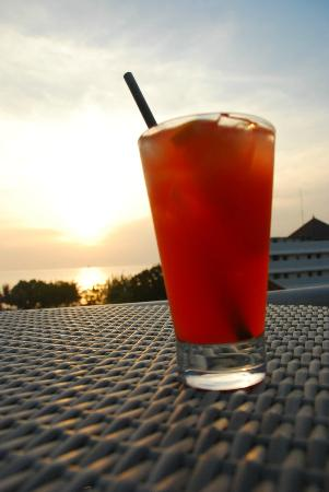 BEST WESTERN Kuta Beach: welcome drink over sunset