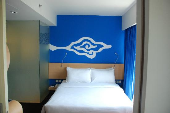 BEST WESTERN Kuta Beach: my suite room bedroom
