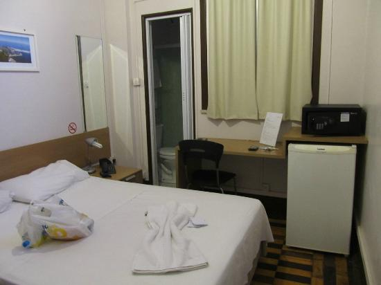Hotel Monte Castelo: Quarto