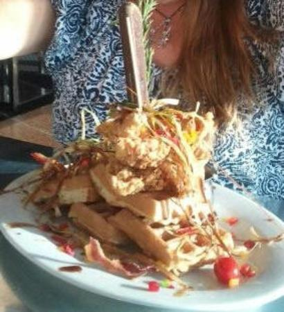 Hash House a Go Go M Resort: Chicken and waffles