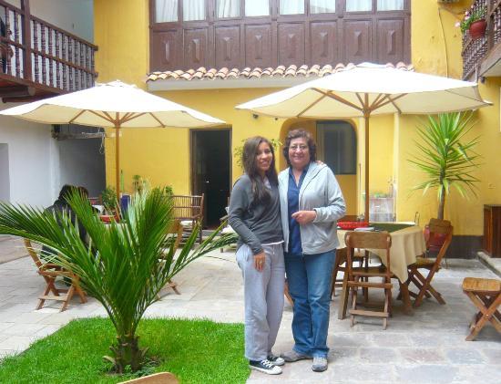 Hostal Quipu Cusco: Con la señora Lida, la dueña tan amable.