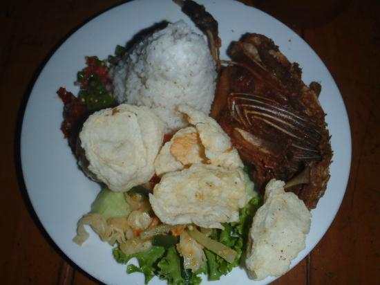 Kampung Daun: Bebek goreng dan Nasi, rice with fried duck...signature dish