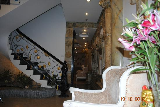 Hanoi Meracus Hotel 1: Hotel foyer