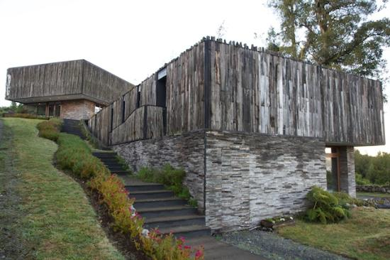 Arrebol Patagonia Hotel: Hotel Frontage