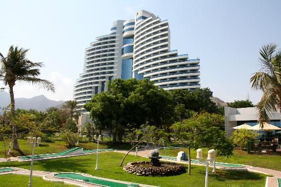 Le Meridien Al Aqah Beach Resort: de la plage