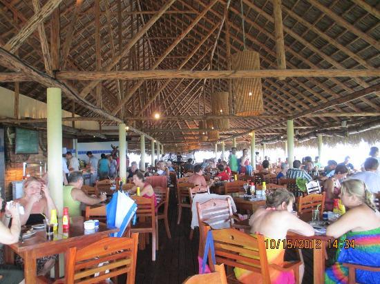 Sol Cayo Largo: beach dinning area 