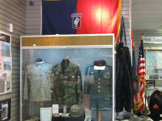Alaska Veterans Museum: One of many military uniform dislays.
