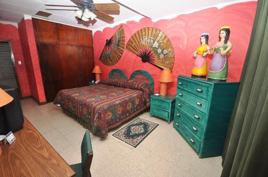 Hostal Real Los Robles : Habiatcion doble