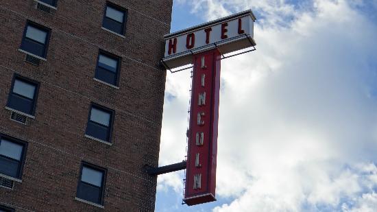 Hotel Lincoln, a Joie de Vivre Hotel: nice sign