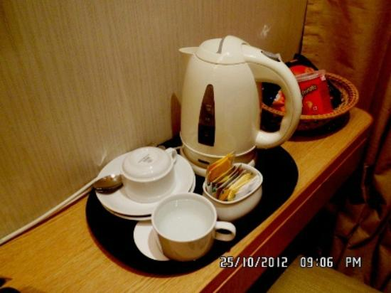 Bishop Lei International House: The hotel reminds guests that water must be boiled before drinking