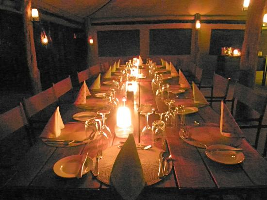 Sango Safari Camp: Dinner by candlelight