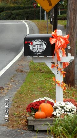 Candleberry Inn on Cape Cod: The Candleberry Inn mailbox for the many thank you notes they receive!