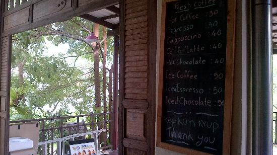 Baan Busaba Hotel: Restaurant