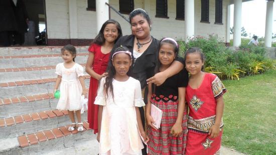 Sandy Beach Resort: Kids at Church