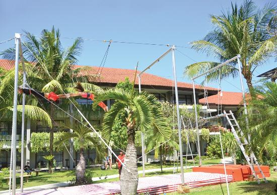High Flyers Bali Trapeze School