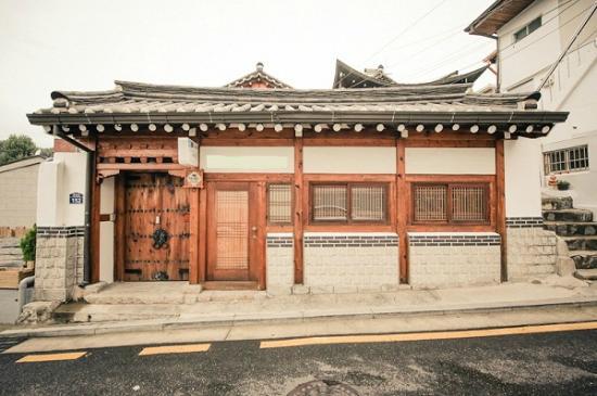 Bukchonmaru Hanok Guesthouse: exterior